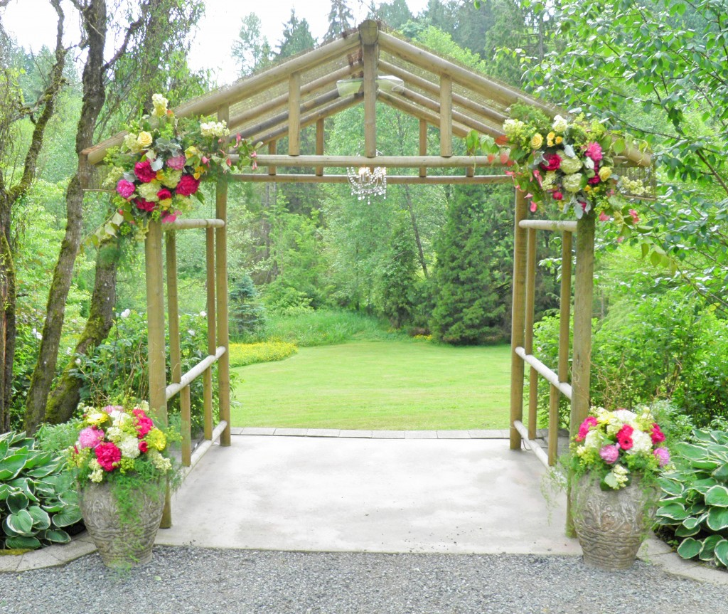 This is where the bride and groom will stand during the ceremony. It overlooks a huge grass field. Just stunning!